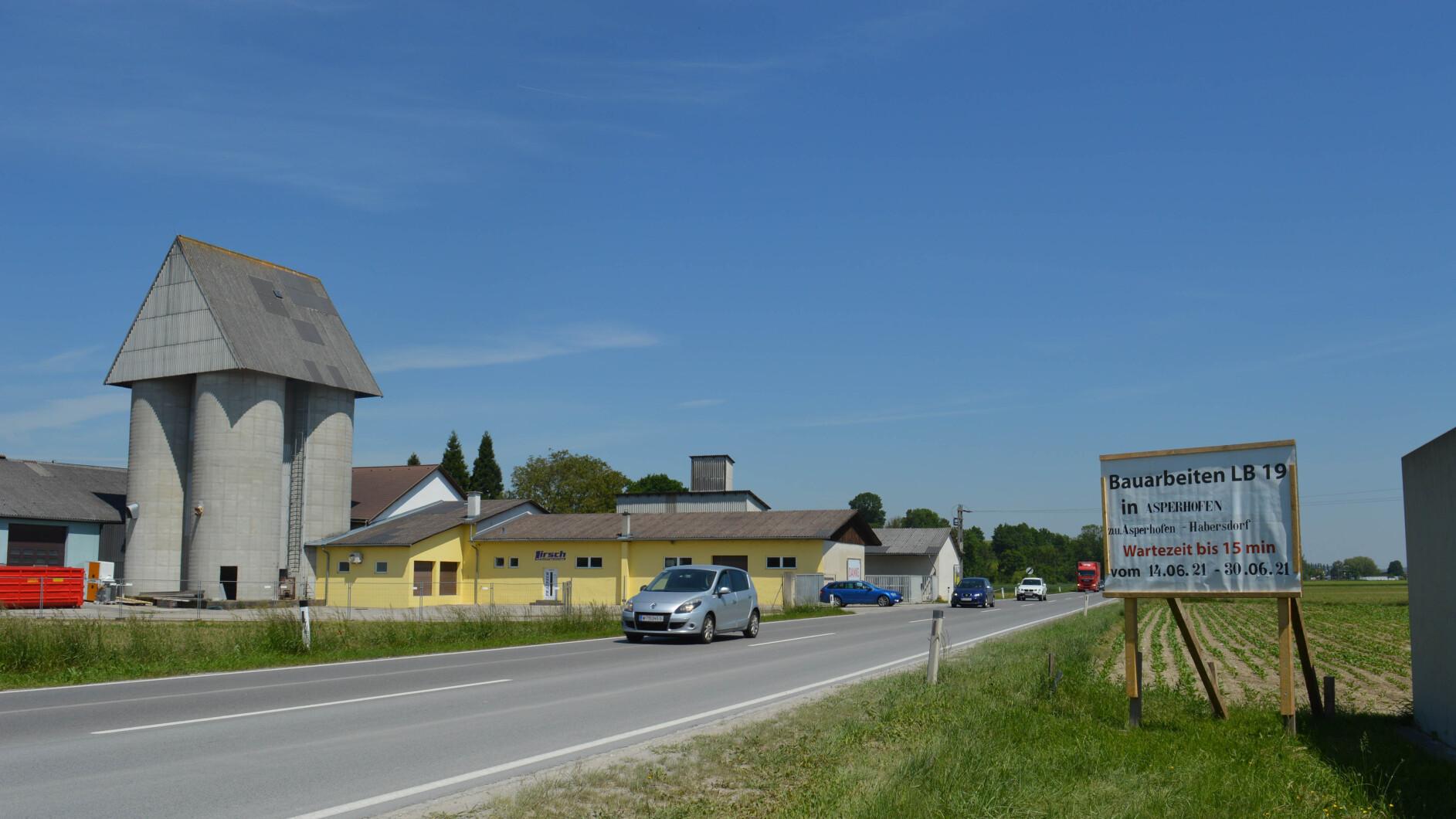 Baustellensommer-B19-wird-in-Asperhofen-saniert