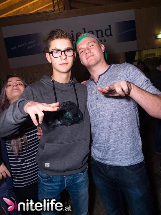Single party neunkirchen
