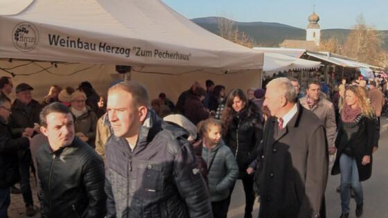 Großau feierte 40 Jahre Blunzen-Kirtag