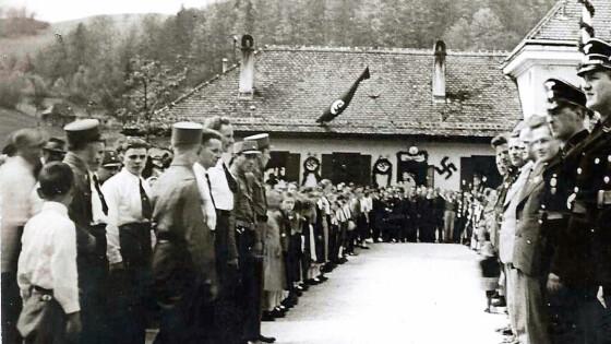 440_0008_7186861_erl10bezirk_history_1938_maifest_3spalt