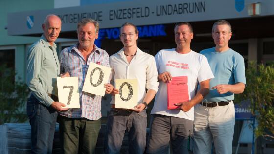 440_0008_6698598_bad38ed_enzesfeld_ortszentrum_neu.jpg