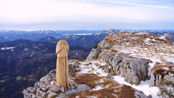 """Statt Gipfelkreuz ein """"Ötscher-Penis"""""""