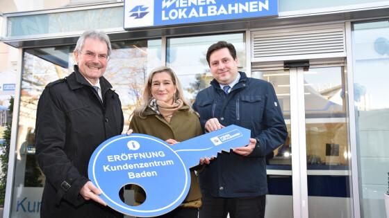 Landesrat Karl Wilfing mit WLB Vorstand Monika Unterholzer und Bgm. Stefan Szirucsek