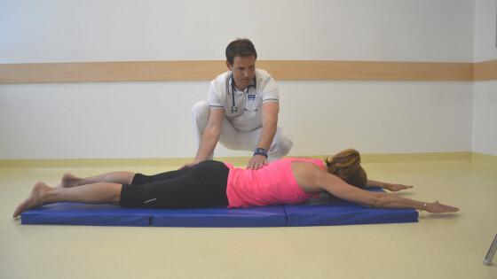Rückenstrecker+Ausgangspos. (Large).JPG