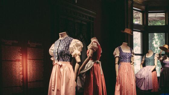 Dirndl Ausstellung