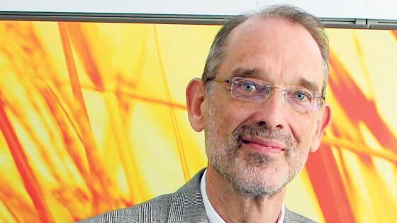 """Heinz Faßmann (ÖVP) erklärte das Projekt damit, dass so mehr Zeit für """"pädagogisch Sinnvolles"""" bleibe."""