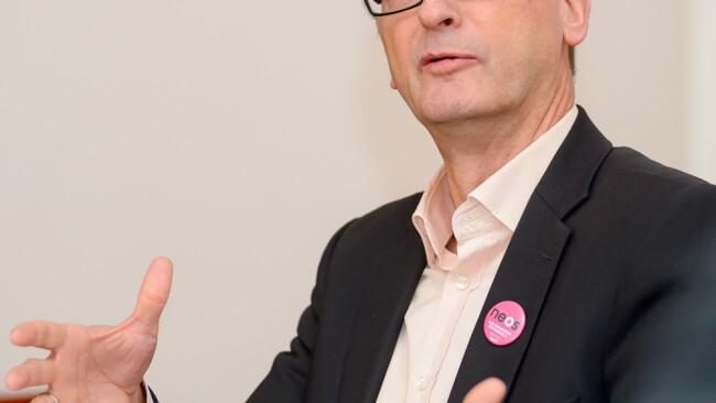 NEOS-Gemeinderat Helmut Hofer-Gruber Baden Koalitionspartner Bürgermeister-Kandidat Szirucsek