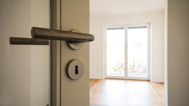 Tür Wohnen Wohnbau Wohnungsbau Wohnungen Wohnung Wohnungsübergabe Symbolbild