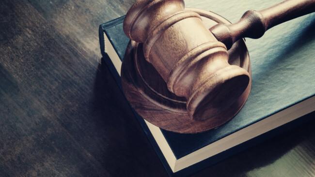 Gericht Prozess Urteil Symbolbild