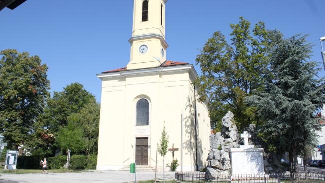 Kirchenplatz Ebergassing Foto Havelka