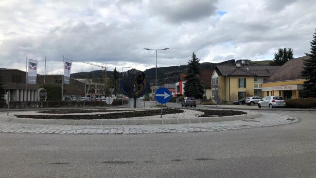 erl12Gresten_Kreisverkehr