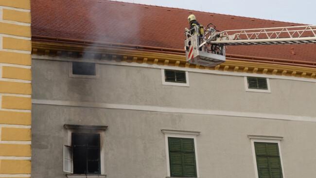 Teil 4 Brand im Wasserschloss Kottingbrunn