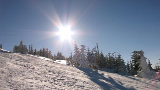 Ötscher Lackenhof Skigebiet Skifahren Symbolbild Schnee