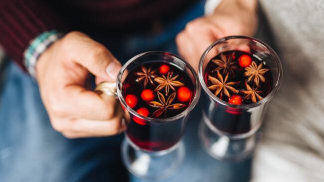 Punsch Advent Glühwein Symbolbild