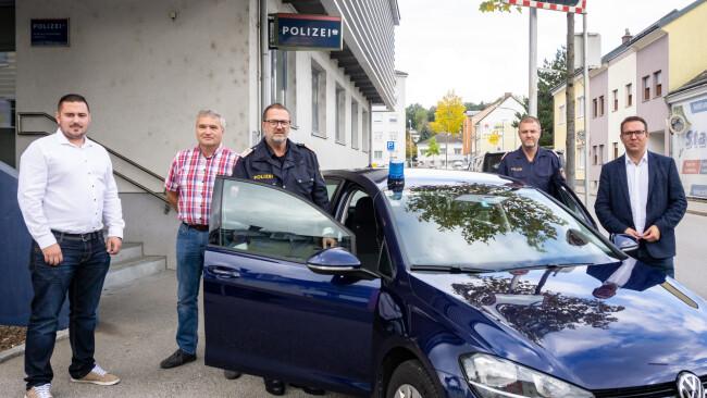 440_0008_7953352_ams42_roadrunner_polizei.jpg