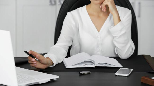 Frauentag Frauen Arbeit Arbeitsmarkt Emanzipation Frauenquote Politik Zu wenig Frauenpower Symbolbild