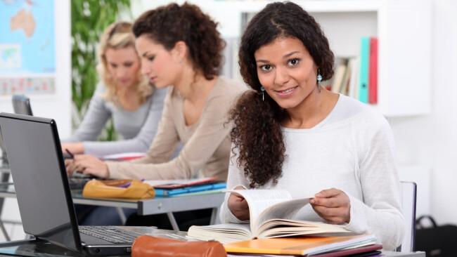 Bildung Weiterbildung Lernen Symbolbild