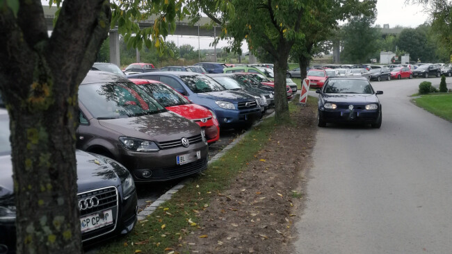440_0008_7367628_gre37rh_parkplatzproblem_privat_1sp.jpg
