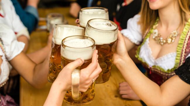 Oktoberfest Bierfest Bier Symbolbild