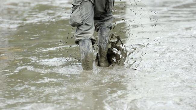 Hochwasser Symbolbild