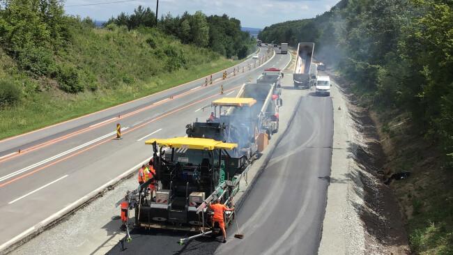 Bauarbeiten Baustelle Autobahn Symbolbild