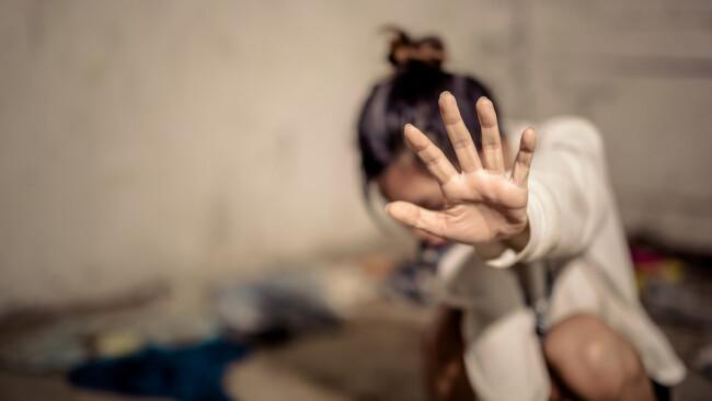 sexueller Übergriff Missbrauch sexuell Vergewaltigung Gewalt Symbolbild