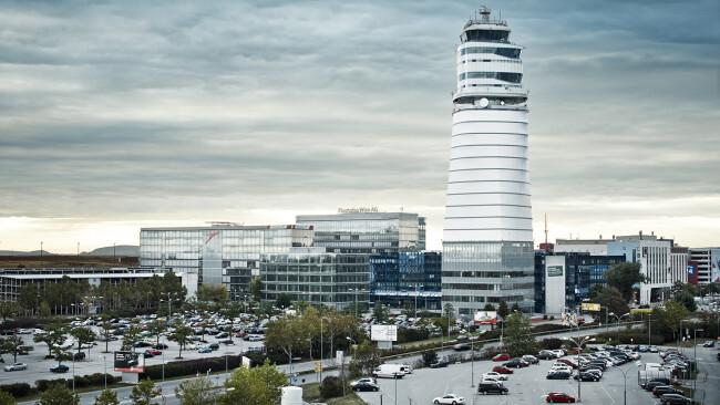 Airport City Flughafen Wien Symbolbild