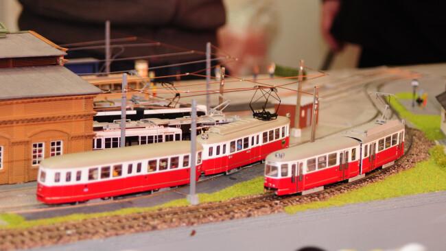 440_0008_7913106_gre35gb_sb_modellbahnmesse_strassenbahn.jpg