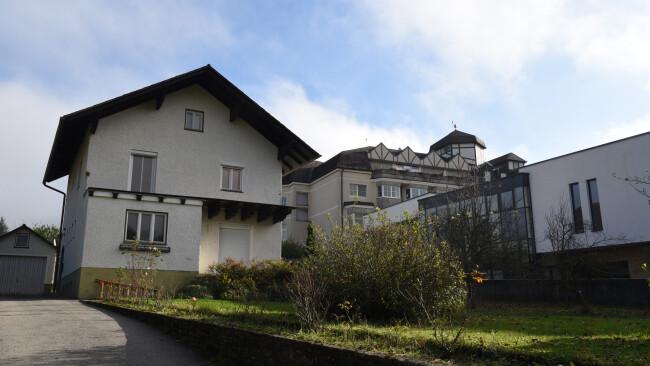 440_0008_7980987_erl48sb_teufelhaus_eisenwurzenstrasse30.jpg