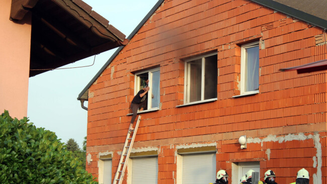 Obersiebenbrunn Akkuladegerät löste Feuer aus