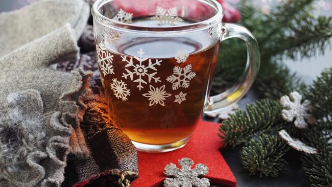 Punsch Glühwein Advent Symbolbild