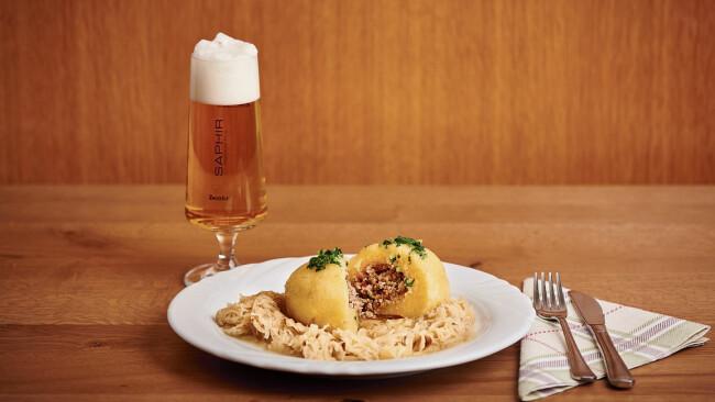 Fleischknödel mit Sauerkraut
