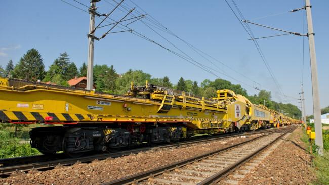 Schienenersatzverkehr - Gleisumbau Symbolbild