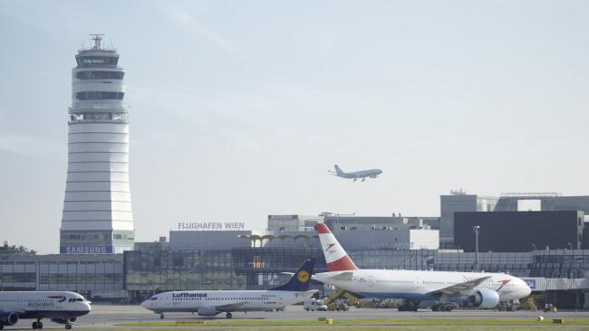 Flughafen Wien Schwechat Symbolbild