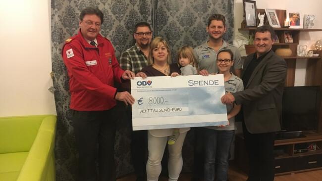 Teesdorf Blaulicht Grandprix: 8.000 Euro gespendet