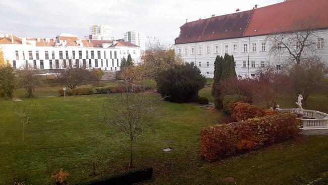 440_0008_7741090_stp46stadt_bischofsgarten