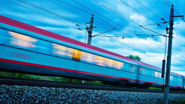 ÖBB Zug Bahn Symbolbild