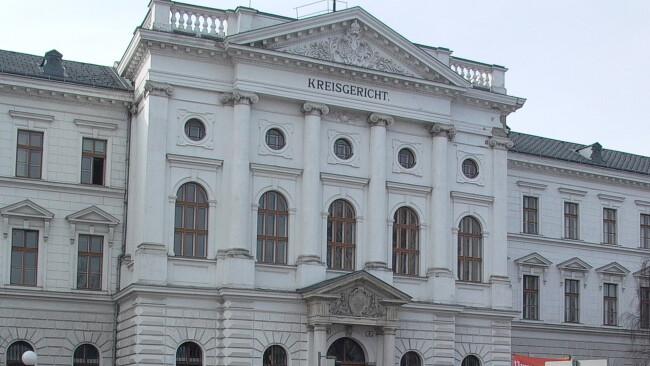Landesgericht Kreisgericht Gericht Wiener Wr. Neustadt Symbolbild