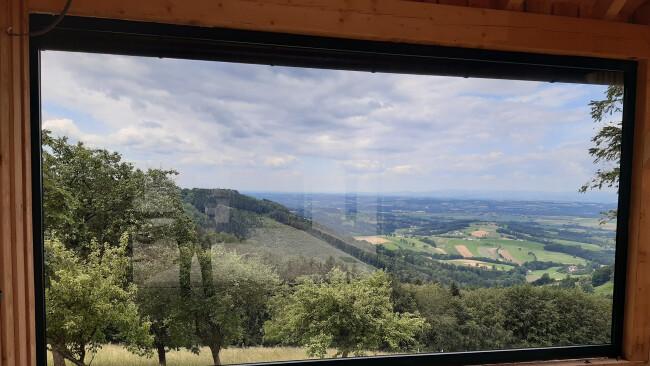 440_0008_8059063_ams15eur_panoramafenster_stein_im_holz.jpg