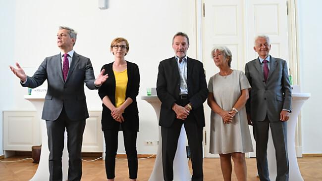 Kreutner, Jilek, Mayer, Schmidt, Ikrath (v.l.n.r) gegen Korruption