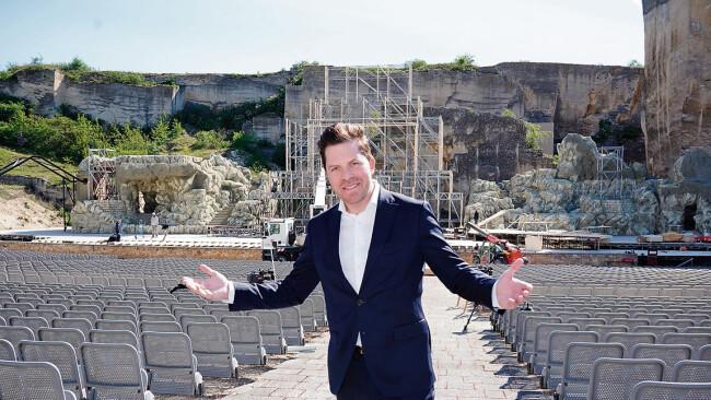 """Daniel Serafin Symbolbild Oper im Steinbruch: """"Ganz oder gar nicht!"""""""