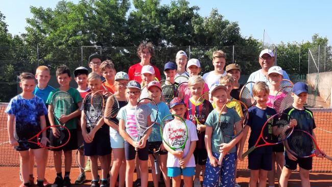 440_0008_8129270_hzg29woelb_union_tennis_feriencamp.jpg