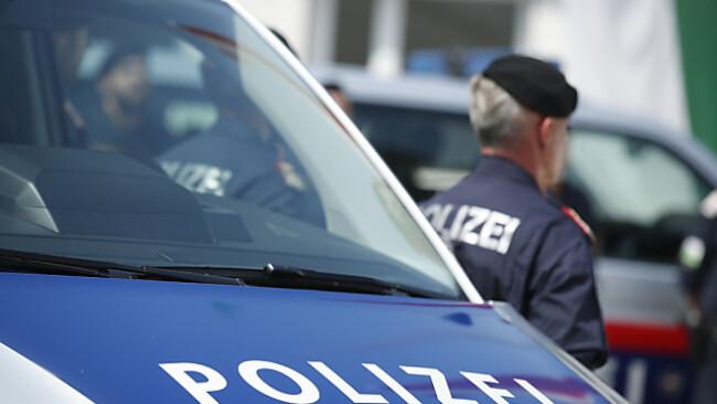 Hubschrauber und Diensthunde rückten nach Floridsdorf aus