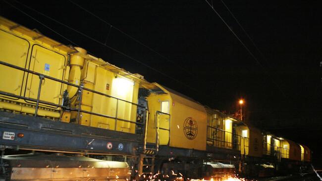 Schienenschleifzug Symbolbild