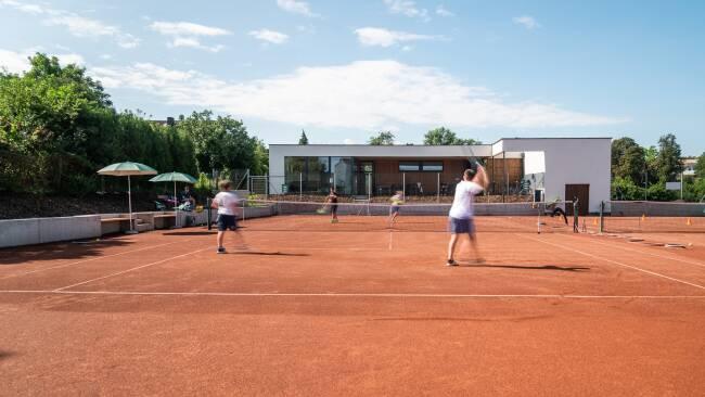 440_0008_8175720_hor37sth_tennis_tdot.jpg