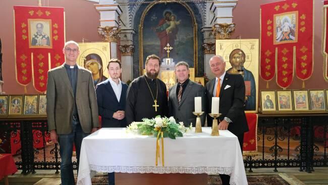 440_0008_8183625_bad38jj_sladjan_vasic_in_neuer_kirche.jpg