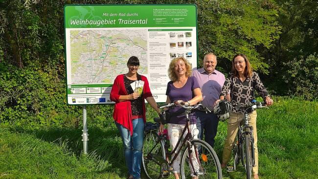 Region Herzogenburg - Infotafeln bieten den Radfahrern Übersicht
