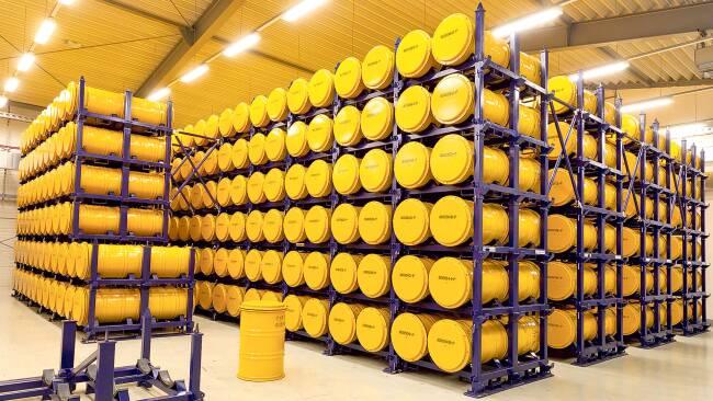 In 200-Liter-Fässern wird Atommüll in Seibersdorf gelagert.