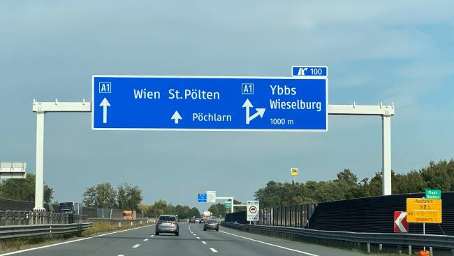 440_0008_8205278_mel41mg_westautobahn.jpg