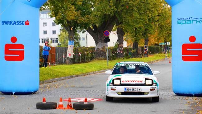 Horn - Oldtimer-Wertungsfahrt: Motoren brüllen